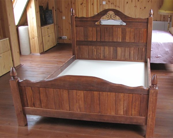 wood_bedroom1